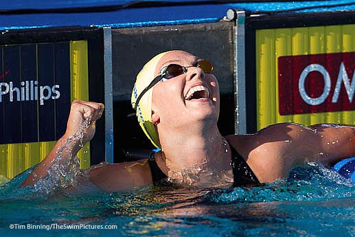 Chloe Sutton of Mission Viejo Celebrates victory in the 800 free at the 2010 ConocoPhillips USA Swimming National Championships